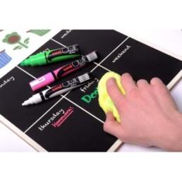 uni marker chalk